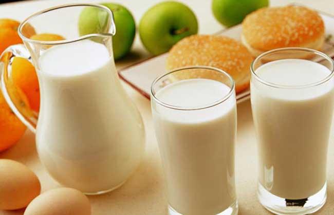 孕妇喝什么牛奶好?