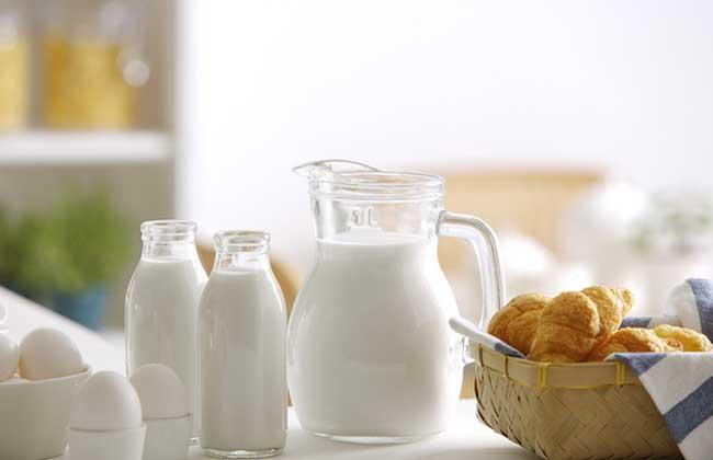 脱脂牛奶是什么牛奶?