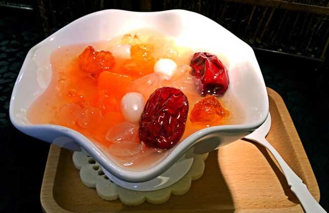 桃胶皂角米羹
