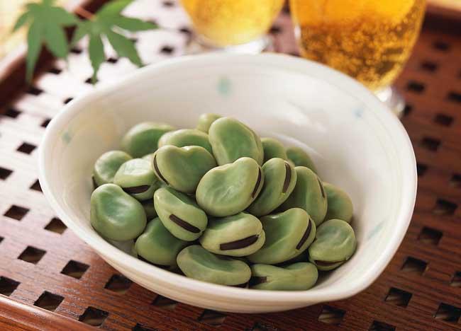 蚕豆的功效与作用及食用方法
