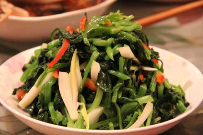 凉拌菠菜的做法及食用价值