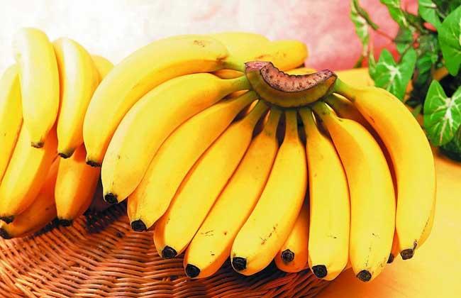 香蕉不能和什么一起吃