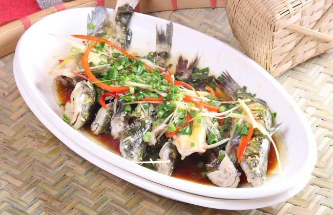 清蒸黄颡鱼