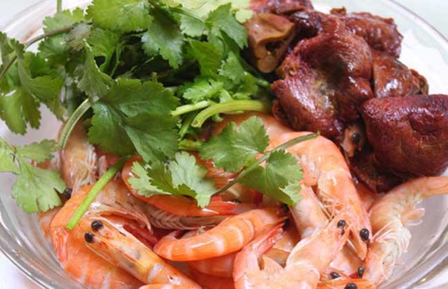 鳌虾烧红菇