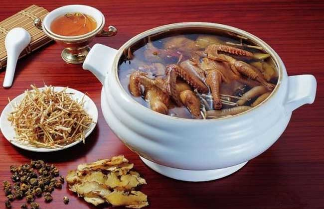 百合莲子鹌鹑汤