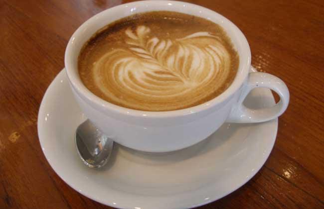 经常喝咖啡会长胖吗