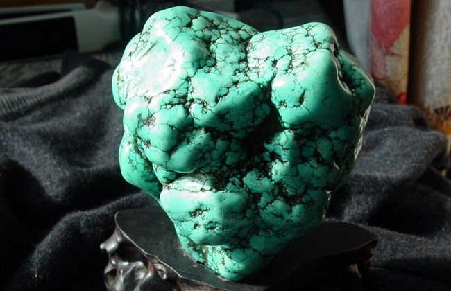 绿松石是怎么形成的