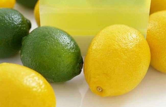 怎么用柠檬美白牙齿