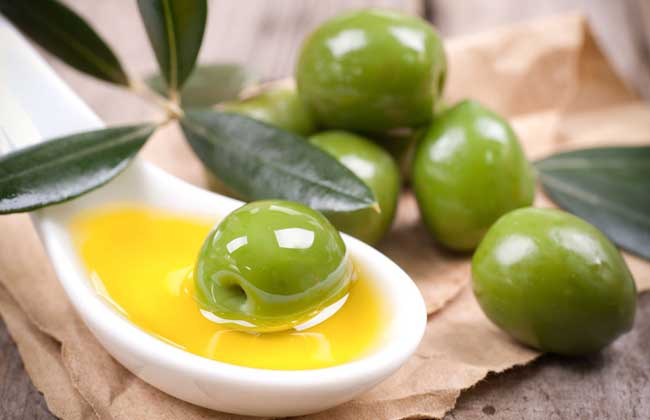 橄榄油去黑头的方法