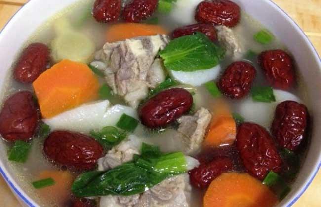 山药胡萝卜排骨汤