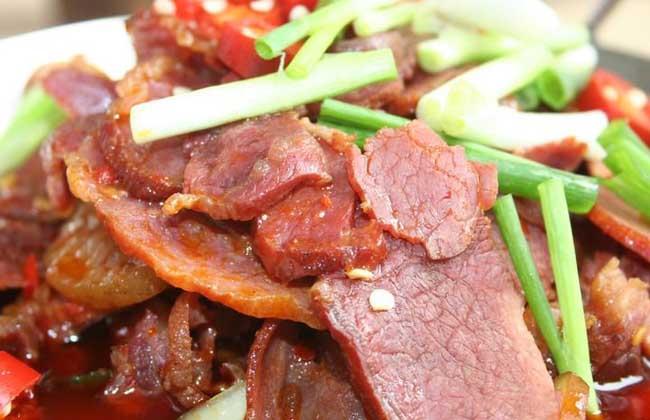 芹香野猪肉
