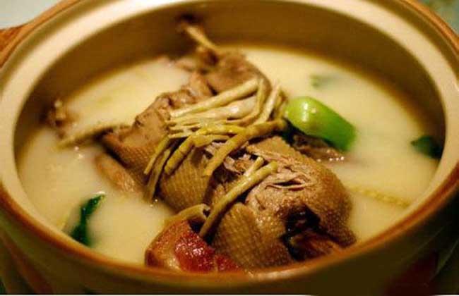 水鸭芡实汤