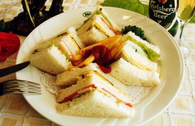 鸡肉土豆三明治