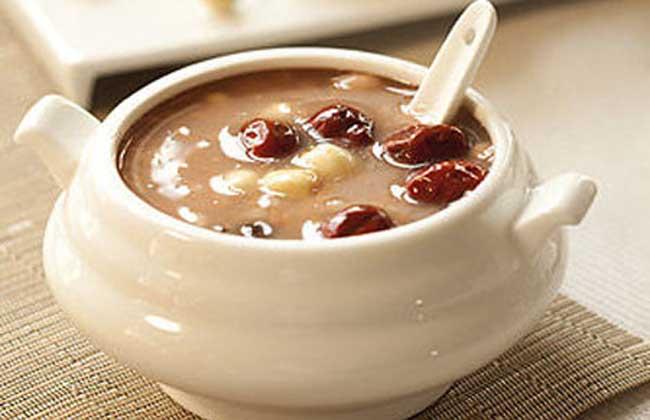 花生红枣黄豆丰胸汤