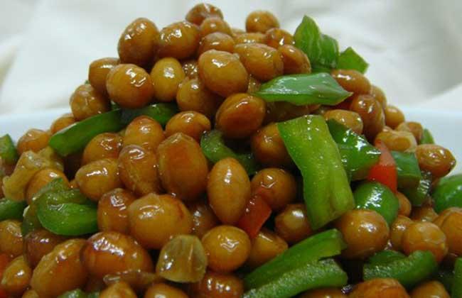 青椒炒黄豆的家常做法