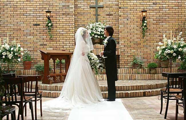梦见别人结婚
