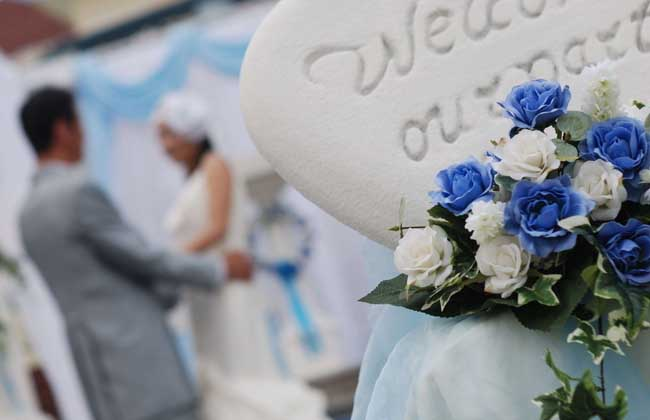梦见参加别人的婚礼