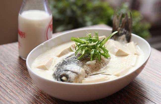 梦见吃鱼是什么意思?