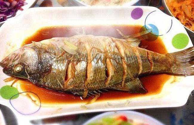梦见吃2条鱼是什么意思