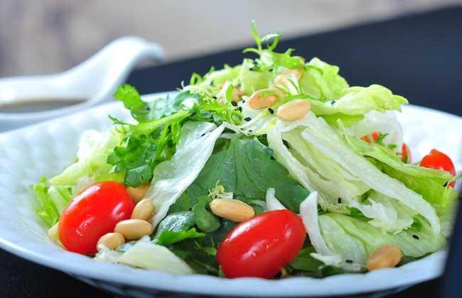 油麦菜沙拉