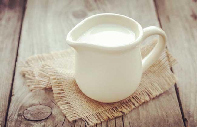 牛乳的功效与作用