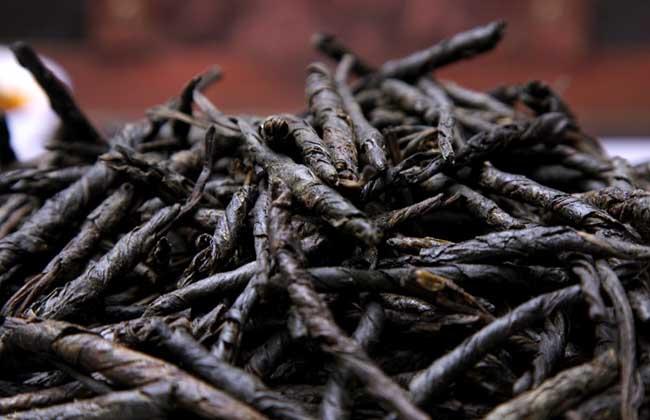 苦丁茶价格多少钱一斤?