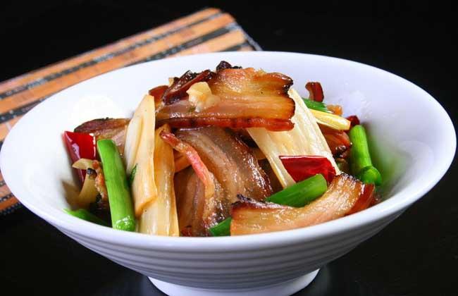 春笋炒腊肉的功效及做法