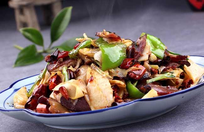 竹笋炒腊肉的功效及做法
