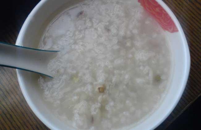 魔芋薏仁粥的功效及做法