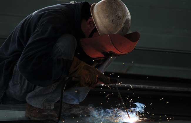 电焊工的多少钱一天