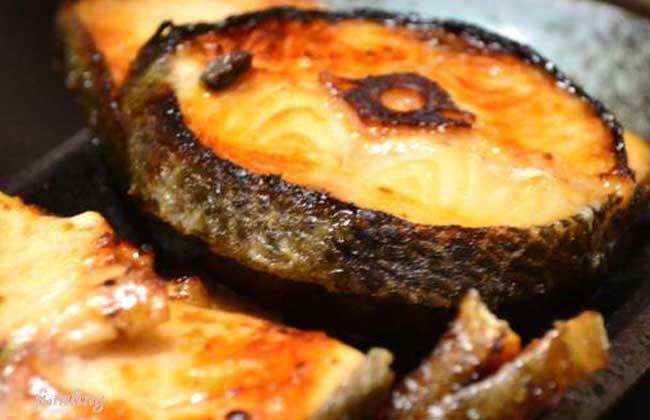 酱烤鳕鱼的功效及做法