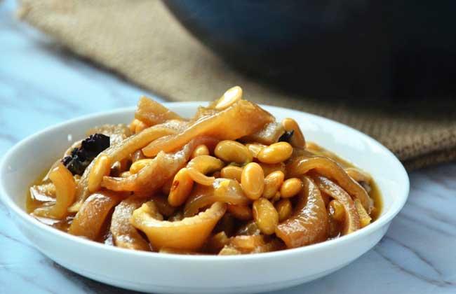 黄豆炖猪皮的功效及做法