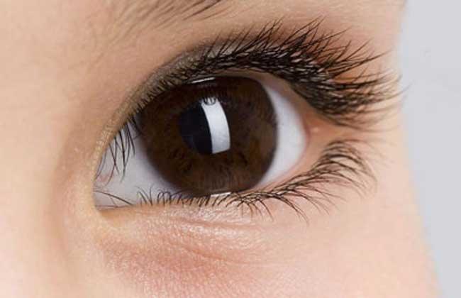 眼睛痒是怎么回事