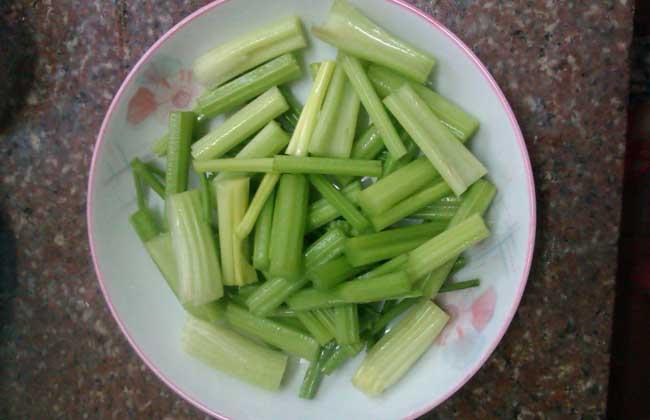 芹菜是壮阳还是杀精