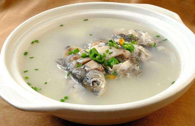 鲫鱼豆腐汤的功效及做法