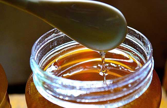 男人喝蜂蜜水壮阳吗?