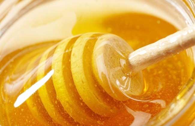 柠檬和蜂蜜能一起喝吗?