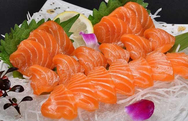 孕妇可以吃三文鱼吗