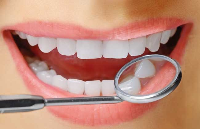 洗牙对牙齿有伤害吗?