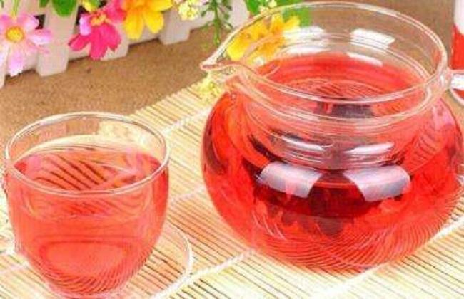 玫瑰茄泡水喝的功效及禁忌