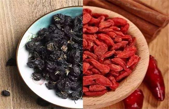 黑枸杞和红枸杞的区别